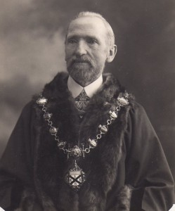 11 Edward Smith Mayor in 1919