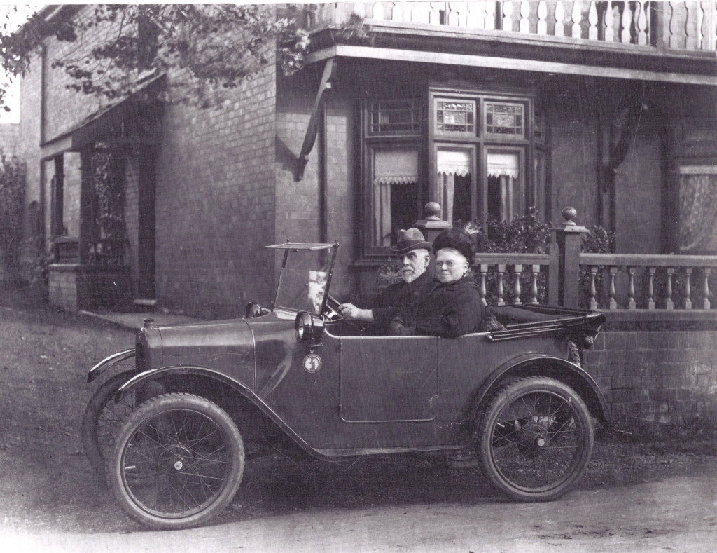 Amos and Sarah Beardsley in their Austin 7 2