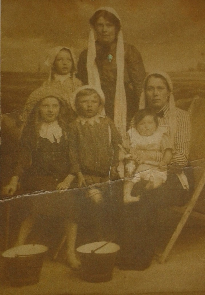 Dawson family group 2