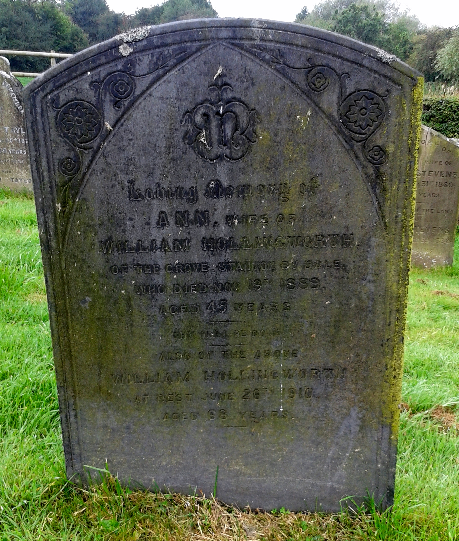ann-and-william-hollingworth-grave